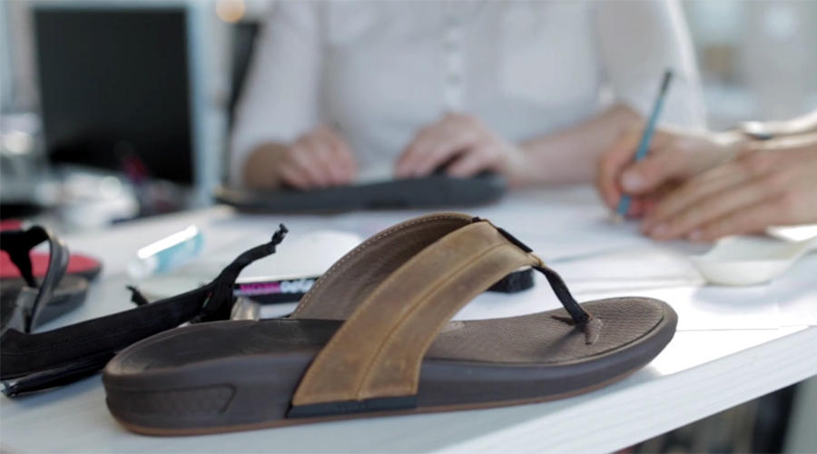 new Wiivv custom sandal combines custom arch supports with more traditional manufacturing